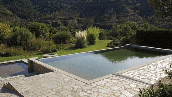 Dallage piscine Ardèche